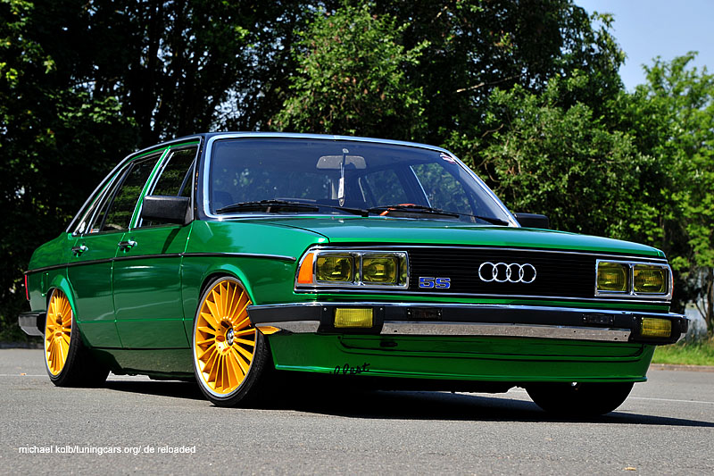 Audi 100 Low Green